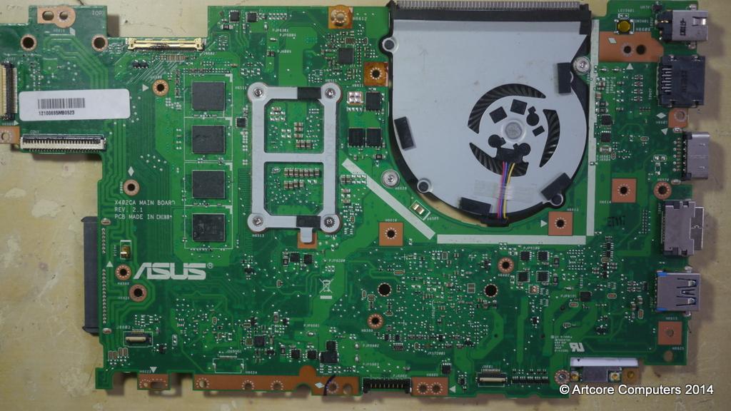 Curatare de praf laptop Iasi Asus F502C